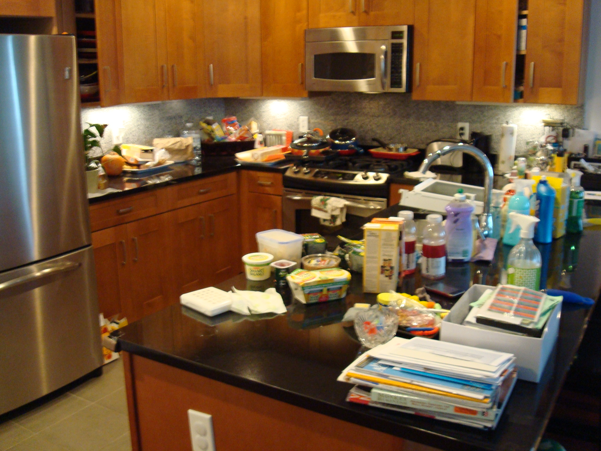 Messy Construction Kitchens : Wizard of homes